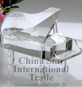 China HOT SALE beautiful crystal craft, crystal piano on sale