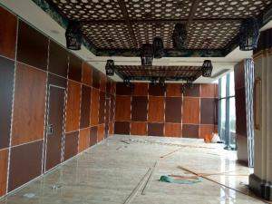 China Soundproof Wood Mobile Sliding Partition Walls For Conference Hall Customized Color on sale