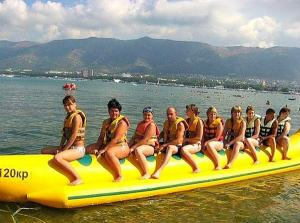 China Giant Water Inflatable Toy Boat , Durable Inflatable Banana Boat For Adult on sale