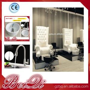 China Wholesales Salon Furniture Sets New Style Luxury Pedicure Chair Massage Chair in Dubai on sale