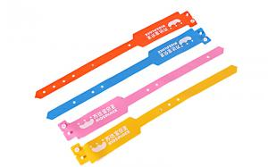 China Light Weight Promotional Bracelets And Wristbands Plastic Or Metal Buttons on sale
