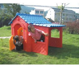 China Wood Kids Play Garden Cubby House Red Farm Cottage for Boys on sale