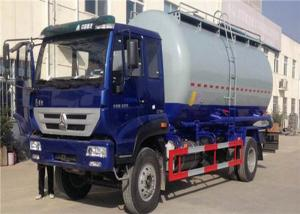 China HOWO 6 Wheel Cement Carrying Trucks , 4x2 10m3 Bulk Tank Truck High Safety / Reliability on sale
