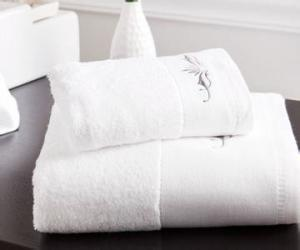 China 100% Organic Cotton Disposable Face Towels with Highly Water Absorbent on sale