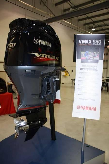 2012 Yamaha VF250LA Outboard Motor 250hp for sale – Jet ...