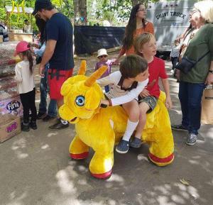 China Hansel Motorized Plush Riding Animals 4 Wheels Bicycle animal car on sale