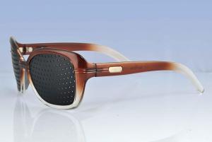 China supply 2010 pinhole glasses on sale