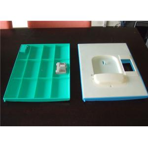 Cuatro armarios plásticos verdes H1810 * W310 de la escuela de la grada * D460mm con el trébol sin llave