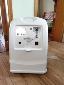 China TEVEIK Factory Price Medical Oxygen Concentrator 10L Portable Oxygen Generator on sale