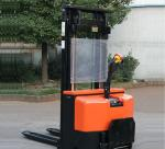 CE Electric Stacker Xe (1.5ton Loading, 1.6m-4.5m Lifting)