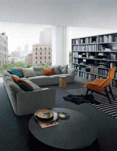 Quality Gray Modern Sectional Sofas For Living Room With Italian and European Style , Fabric Modern section sofas for sale