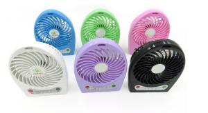 China Plastic novelty hand usb mini desk fan with LED light , rechargeable portable fan on sale