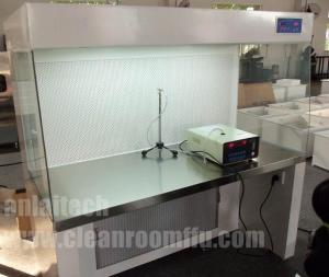 China Laboratories Vertical laminar flow cabinet on sale
