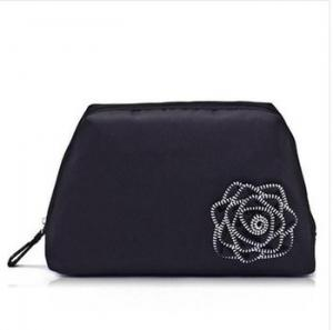 China New Arrival Elegant girls beautiful cosmetic bag Wsh Bag with Flower for travel on sale