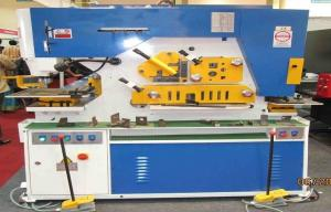 China Hydraulic punch & shear Ironworker Machine , Light Pole Machine cutting 25mm Max on sale