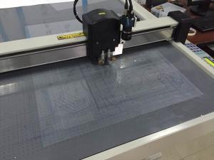China Producción de la tabla del corte del CNC de la hoja del PVC que hace la máquina del cortador del CNC on sale