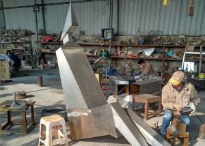 Quality Contemporary Metal Garden Sculptures Couple Figures Matt / Sandblasting for sale