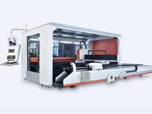 China Hot Sale Full Closed Exchange Table Fiber Laser Sheet&Tube Cutting Machine Price on sale