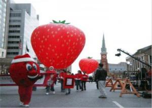 China Advertising Inflatables Strawberry Character Balloon Giant Fruits Flying Ball on sale