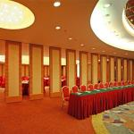 Movable Partition Walls Bearing Aluminum Track Interior Wooden Divider For Banquet