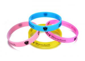 China Glow In The Dark Sports Silicone Wristbands Customized Printed For Advertising on sale