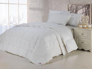China Lightweight Duck Down Queen Combined Cotton Quilts / Double Stitched Duvets High Grade on sale