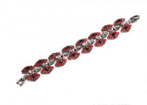 China Female Elegant And Charming Crystal Rhinestone Bracelets For Anniversary B10039 on sale