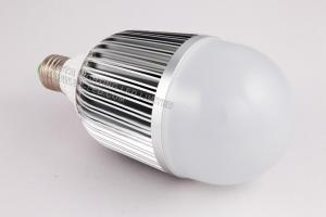 China 9W 900 - 930lm 3000K Energy Saving Brightest LED Light Fixtures Bulbs For Homes, Offices on sale