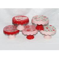 China Valentine Day Decaled Ceramic Mini Cake Stand , Dolomite 4 Inch Cake Stand on sale