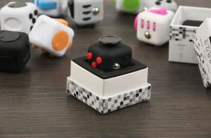China Squeeze Fun Stress Reliever Gifts Fidget Cube Relieves Anxiety and Stress Juguet For Adults Children Fidget cube on sale