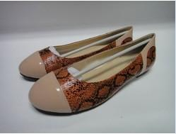 China 36 - 37 - 38 - 39 - 40-41 EU size PU or leather female flat shoes With rubber / PU heel on sale