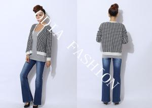 China Fashion V Neck Womens Cardigan Sweaters Printed with Black and White Plaid on sale