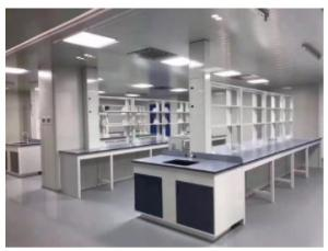 China Floor Mounted Factory Chemistry Laboratory Work Table With Storage supplier