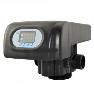 China RO Pure Water With Automatic Softener Control Valve RUNXIN Brand Valve on sale