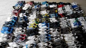 China used sport shoes   win-win garment factory, main products used shoes, hand bags on sale