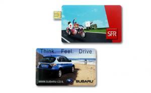 China Movimentação plástica do flash de USB do cartão do negócio/crédito com logotipo da empresa on sale