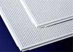 El aluminio perforado del diverso tamaño artesona la forma cuadrada fácil instala