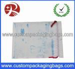 Prenda impermeable con franquicia de las bolsas de plástico del lazo con el escudete para el paño