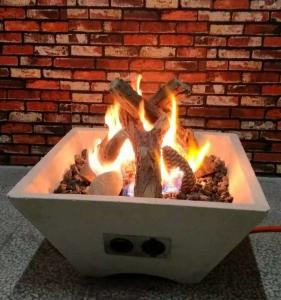 China Outdoor Fire Bowl Gas Fire Pit Logs / Commercial Fake Gas Logs S08-96 on sale