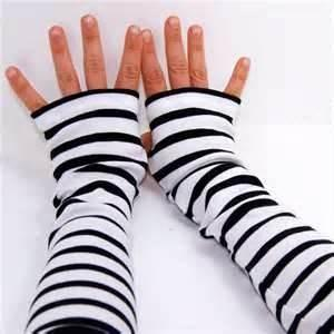 China Cute White & black  Lady's acrylic knit striped Arm Warmer Fingerless long Gloves on sale
