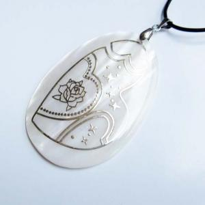 China Mother of Pearl and Shell Necklaces on sale