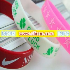 China debossed silicone wristbands on sale