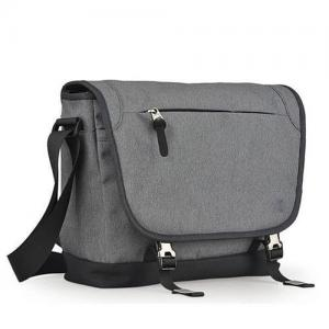 China Protective Laptop Carry Bags / Travel Bag Front Zipper Pocket One Shoulder Strip on sale