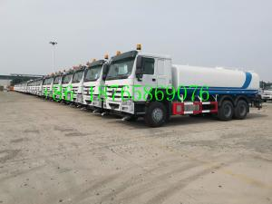 China 1500L Sinotruk Howo 10 Wheels 6x4 336hp Water Tank Truck on sale