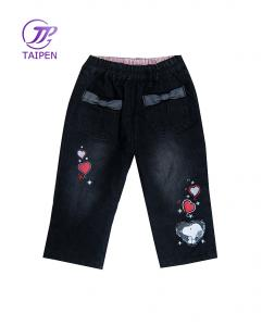 China Cotton Black Denim Children Girl Short Jeans For Baby / Toddlers Skinny Jean With Flower on sale