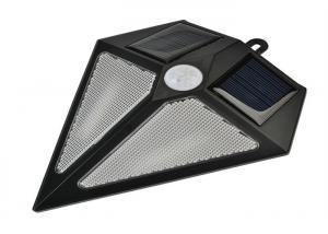 China Triangle Solar Powered Motion Sensor Security Light Environmentally Friendly on sale