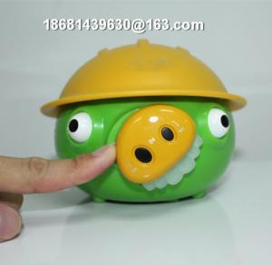 China Cute Engineering Pig mini Speaker for Sale on sale