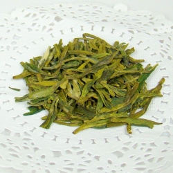 China tea Longjing (Dragon Well) on sale