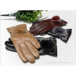China Really Rabbit Fur Ball Fashion Warm Winter Lady Leather Gloves on sale