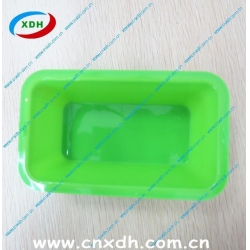 China Microwave safety silicone cake mold pan on sale